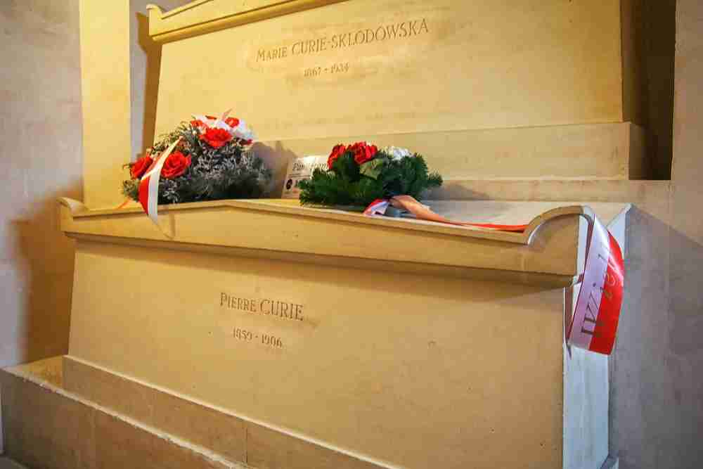 Pantheon Marie Curie tomb