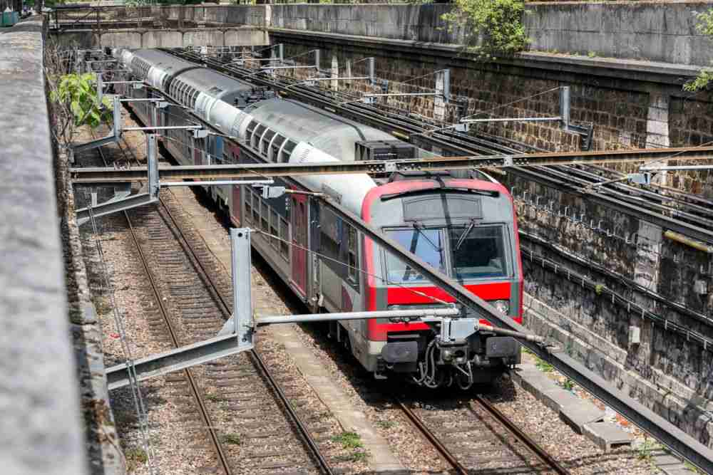 What are the trains (RER) in Paris in France