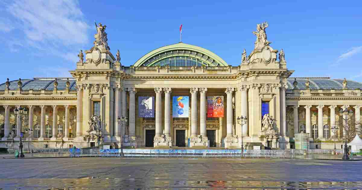 Guide to Grand Palais in Paris (Editorial)